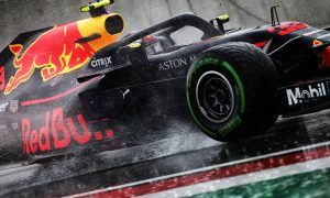 Verstappen keeps P7 grid spot after stewards investigation
