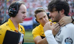 Sainz keen to finish Renault tenure with a flourish