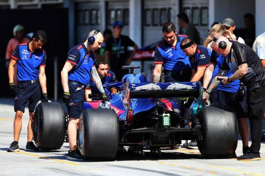 Sean Gelael (IDN) Scuderia Toro Rosso STR13 Test Driver. 31.07.2018. Formula 1 Testing, Budapest, Hungary. - www.xpbimages.com, EMail: requests@xpbimages.com - copy of publication required for printed pictures. Every used picture is fee-liable. © Copyright: Charniaux / XPB Images