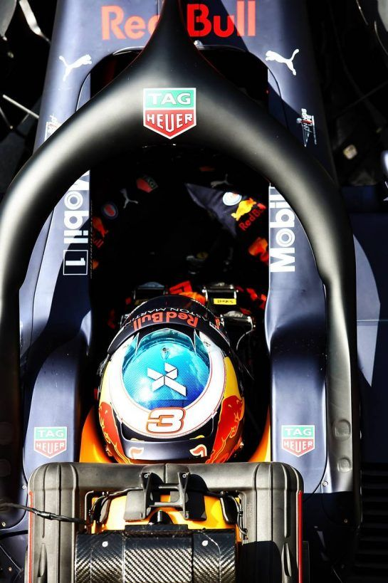Daniel Ricciardo (AUS) Red Bull Racing RB14. 31.07.2018. Formula 1 Testing, Budapest, Hungary. - www.xpbimages.com, EMail: requests@xpbimages.com - copy of publication required for printed pictures. Every used picture is fee-liable. © Copyright: Charniaux / XPB Images