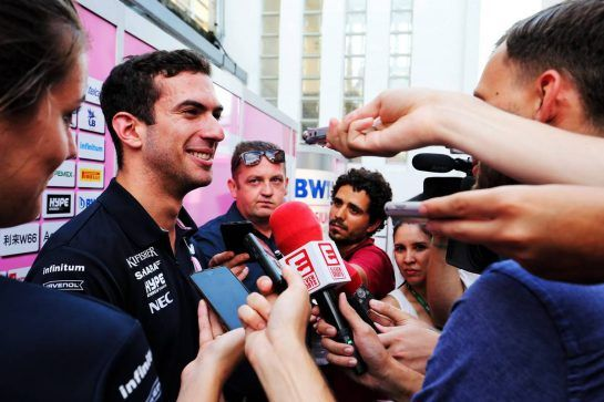 Nicholas Latifi (CDN) Sahara Force India F1 Team Development Driver with the media. 31.07.2018. Formula 1 Testing, Budapest, Hungary. - www.xpbimages.com, EMail: requests@xpbimages.com - copy of publication required for printed pictures. Every used picture is fee-liable. © Copyright: Moy / XPB Images
