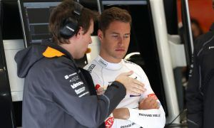 Brown hopes to see 'great talent' Vandoorne back in F1