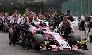 Force India squad smashes Breast Cancer Care fundraising target
