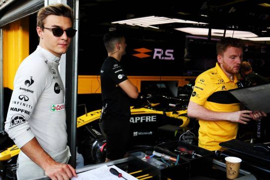 Artem Markelov (RUS) Renault Sport F1 Team Test and Development Driver. 01.08.2018. Formula 1 Testing, Budapest, Hungary. - www.xpbimages.com, EMail: requests@xpbimages.com - copy of publication required for printed pictures. Every used picture is fee-liable. © Copyright: Charniaux / XPB Images