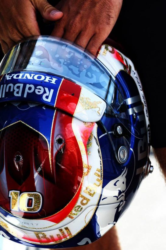 The helmet of Pierre Gasly (FRA) Scuderia Toro Rosso. 23.08.2018. Formula 1 World Championship, Rd 13, Belgian Grand Prix, Spa Francorchamps, Belgium, Preparation Day. - www.xpbimages.com, EMail: requests@xpbimages.com - copy of publication required for printed pictures. Every used picture is fee-liable. © Copyright: Batchelor / XPB Images