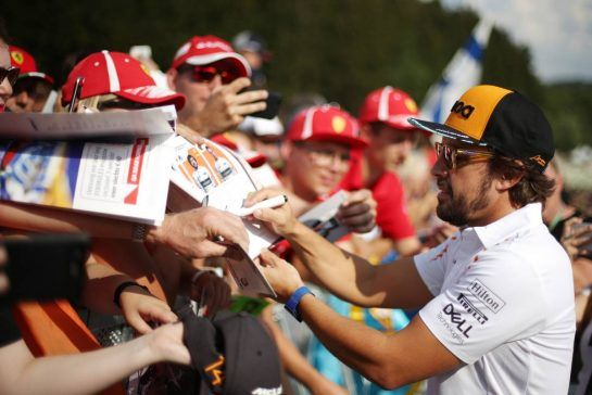 Fernando Alonso (ESP) McLaren F1 23.08.2018. Formula 1 World Championship, Rd 13, Belgian Grand Prix, Spa Francorchamps, Belgium, Preparation Day.- www.xpbimages.com, EMail: requests@xpbimages.com - copy of publication required for printed pictures. Every used picture is fee-liable. © Copyright: Charniaux / XPB Images