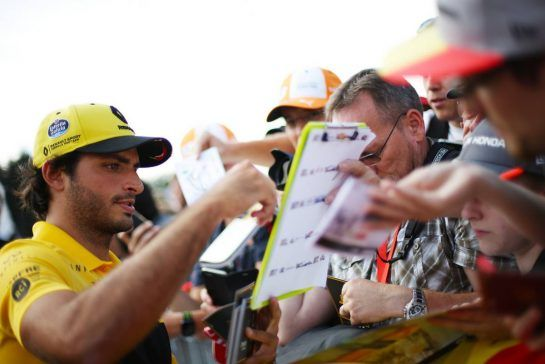 Carlos Sainz Jr (ESP) Renault F1 Team 23.08.2018. Formula 1 World Championship, Rd 13, Belgian Grand Prix, Spa Francorchamps, Belgium, Preparation Day.- www.xpbimages.com, EMail: requests@xpbimages.com - copy of publication required for printed pictures. Every used picture is fee-liable. © Copyright: Charniaux / XPB Images