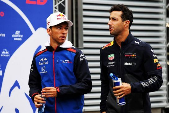(L to R): Pierre Gasly (FRA) Scuderia Toro Rosso with Daniel Ricciardo (AUS) Red Bull Racing. 24.08.2018. Formula 1 World Championship, Rd 13, Belgian Grand Prix, Spa Francorchamps, Belgium, Practice Day. - www.xpbimages.com, EMail: requests@xpbimages.com - copy of publication required for printed pictures. Every used picture is fee-liable. © Copyright: Batchelor / XPB Images