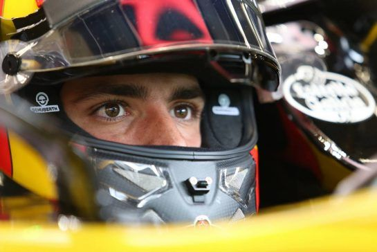 Carlos Sainz Jr (ESP) Renault F1 Team 24.08.2018. Formula 1 World Championship, Rd 13, Belgian Grand Prix, Spa Francorchamps, Belgium, Practice Day.- www.xpbimages.com, EMail: requests@xpbimages.com - copy of publication required for printed pictures. Every used picture is fee-liable. © Copyright: Charniaux / XPB Images