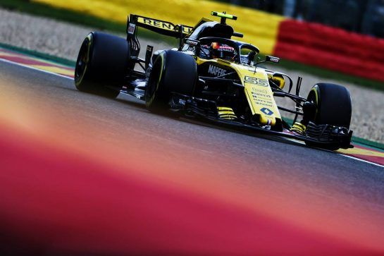 Carlos Sainz Jr (ESP) Renault Sport F1 Team RS18. 25.08.2018. Formula 1 World Championship, Rd 13, Belgian Grand Prix, Spa Francorchamps, Belgium, Qualifying Day. - www.xpbimages.com, EMail: requests@xpbimages.com - copy of publication required for printed pictures. Every used picture is fee-liable. © Copyright: Moy / XPB Images