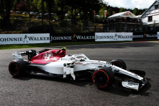 Charles Leclerc (MON) Sauber F1 Team C37 locks up under braking. 25.08.2018. Formula 1 World Championship, Rd 13, Belgian Grand Prix, Spa Francorchamps, Belgium, Qualifying Day. - www.xpbimages.com, EMail: requests@xpbimages.com - copy of publication required for printed pictures. Every used picture is fee-liable. © Copyright: Photo4 / XPB Images