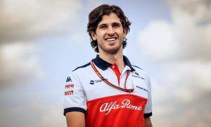 Antonio Giovinazzi confirmed at Sauber for 2019!