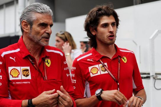 (L to R): Maurizio Arrivabene (ITA) Ferrari Team Principal with Antonio Giovinazzi (ITA) Ferrari Development Driver. 15.09.2018. Formula 1 World Championship, Rd 15, Singapore Grand Prix, Marina Bay Street Circuit, Singapore, Qualifying Day. - www.xpbimages.com, EMail: requests@xpbimages.com - copy of publication required for printed pictures. Every used picture is fee-liable. © Copyright: Photo4 / XPB Images