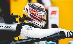 Villeneuve sees Hamilton as 'miles above' Schumacher
