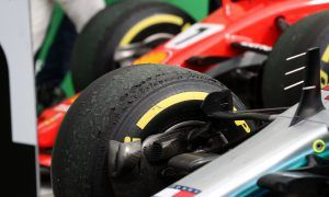 Bahrain tyre selection: Mercedes and Ferrari on the same page
