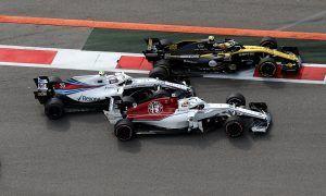 Sainz puts poor result in Sochi on clash with Sirotkin