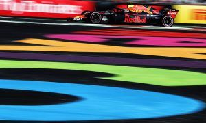Verstappen and Ricciardo fastest in Mexico first practice