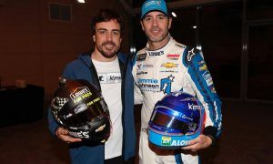 Alonso 'very impressed' by Jimmie Johnson's F1 outing