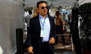 Renault boss Ghosn arrested in Tokyo on misconduct charges!
