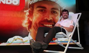 Alonso still dreaming of points ahead of final F1 race