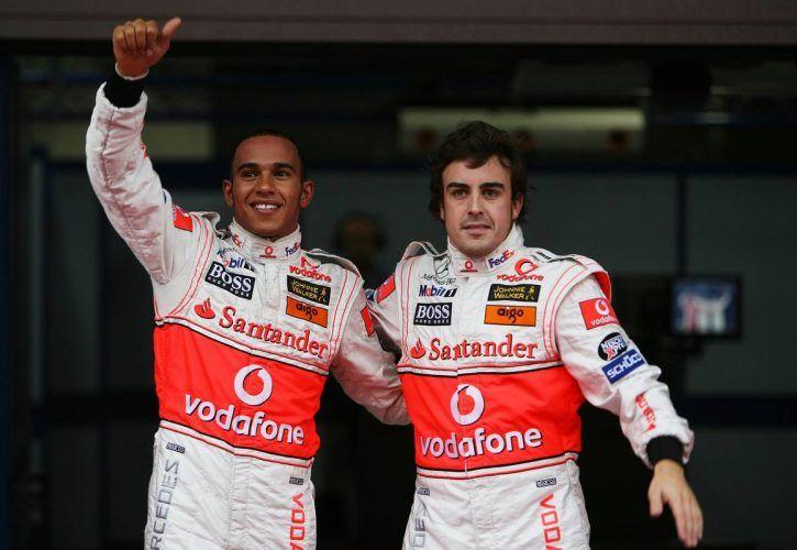 29.09.2007 Gotemba, Japan, Lewis Hamilton (GBR), McLaren Mercedes, Fernando Alonso (ESP), McLaren Mercedes