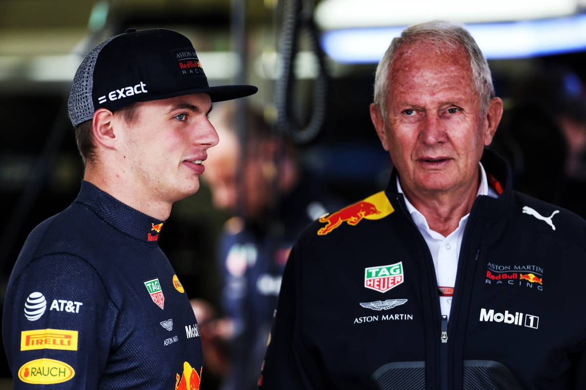 Max Verstappen (NLD) Red Bull Racing with Dr Helmut Marko (AUT) Red Bull Motorsport Consultant. 27.10.2018.