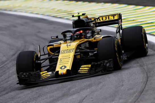 Carlos Sainz Jr (ESP) Renault Sport F1 Team RS18. 09.11.2018. Formula 1 World Championship, Rd 20, Brazilian Grand Prix, Sao Paulo, Brazil, Practice Day. - www.xpbimages.com, EMail: requests@xpbimages.com - copy of publication required for printed pictures. Every used picture is fee-liable. © Copyright: Moy / XPB Images