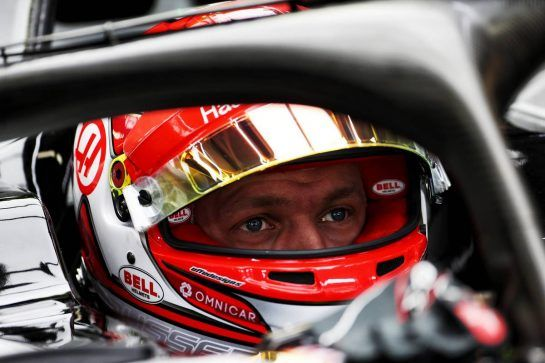 Kevin Magnussen (DEN) Haas VF-18. 10.11.2018. Formula 1 World Championship, Rd 20, Brazilian Grand Prix, Sao Paulo, Brazil, Qualifying Day. - www.xpbimages.com, EMail: requests@xpbimages.com - copy of publication required for printed pictures. Every used picture is fee-liable. © Copyright: Moy / XPB Images