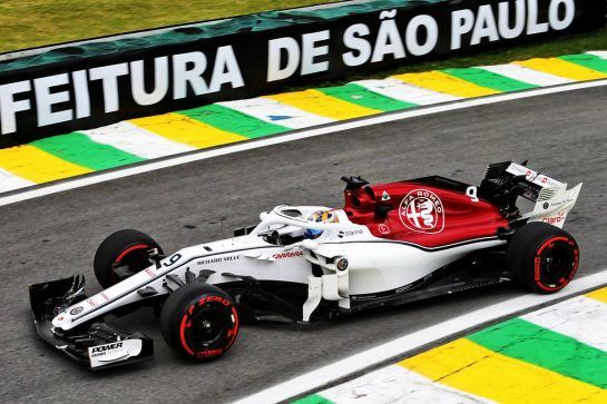 Marcus Ericsson (SWE) Sauber C37. 10.11.2018. Formula 1 World Championship, Rd 20, Brazilian Grand Prix, Sao Paulo, Brazil, Qualifying Day. - www.xpbimages.com, EMail: requests@xpbimages.com - copy of publication required for printed pictures. Every used picture is fee-liable. © Copyright: Moy / XPB Images