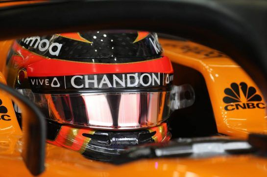 Stoffel Vandoorne (BEL) McLaren F1 10.11.2018. Formula 1 World Championship, Rd 20, Brazilian Grand Prix, Sao Paulo, Brazil, Qualifying Day.- www.xpbimages.com, EMail: requests@xpbimages.com - copy of publication required for printed pictures. Every used picture is fee-liable. © Copyright: Charniaux / XPB Images