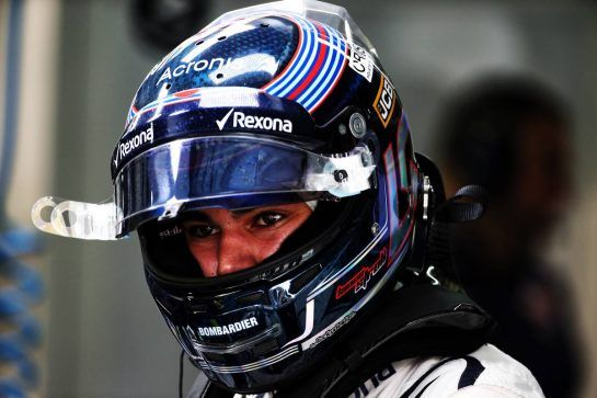 Lance Stroll (CDN) Williams. 10.11.2018. Formula 1 World Championship, Rd 20, Brazilian Grand Prix, Sao Paulo, Brazil, Qualifying Day. - www.xpbimages.com, EMail: requests@xpbimages.com - copy of publication required for printed pictures. Every used picture is fee-liable. © Copyright: Batchelor / XPB Images