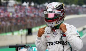 Hamilton blames 'disrespectful' Sirotkin for near-miss scare