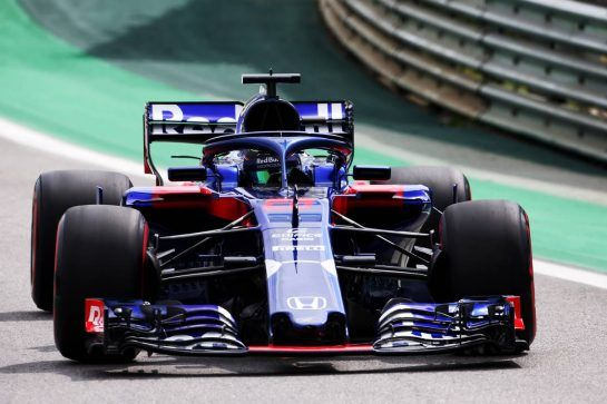 Brendon Hartley (NZL) Scuderia Toro Rosso STR13. 10.11.2018. Formula 1 World Championship, Rd 20, Brazilian Grand Prix, Sao Paulo, Brazil, Qualifying Day. - www.xpbimages.com, EMail: requests@xpbimages.com - copy of publication required for printed pictures. Every used picture is fee-liable. © Copyright: Moy / XPB Images