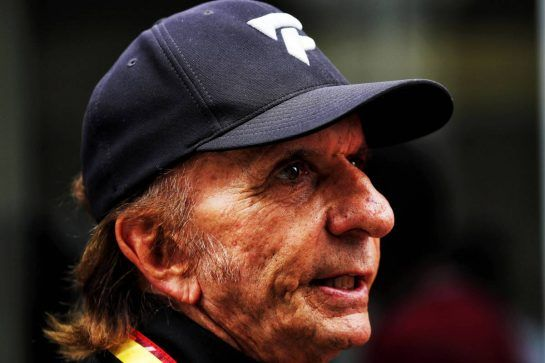 Emerson Fittipaldi (BRA). 10.11.2018. Formula 1 World Championship, Rd 20, Brazilian Grand Prix, Sao Paulo, Brazil, Qualifying Day. - www.xpbimages.com, EMail: requests@xpbimages.com - copy of publication required for printed pictures. Every used picture is fee-liable. © Copyright: Photo4 / XPB Images