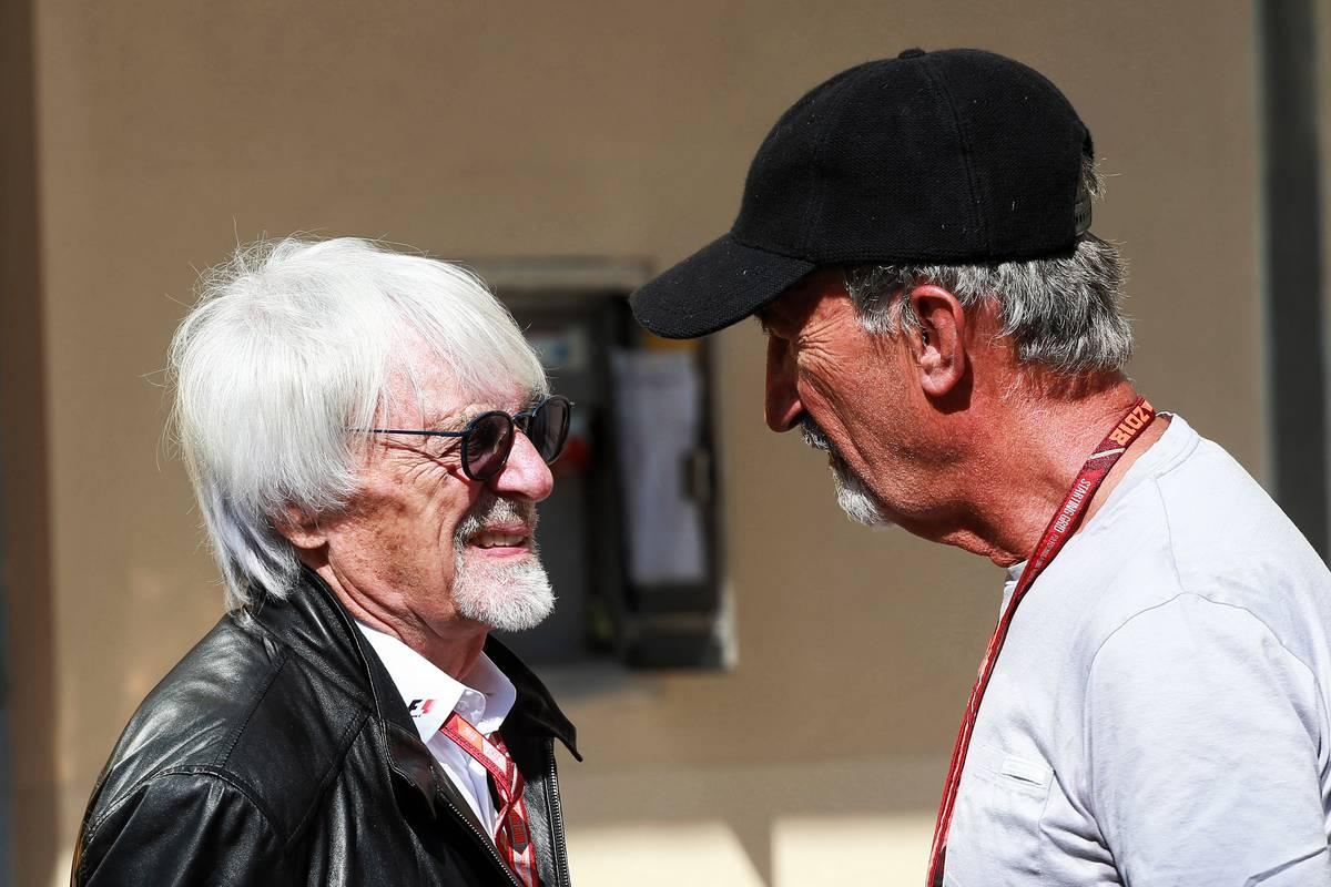 Bernie Ecclestone (GBR) with Eddie Jordan (IRE). 23.11.2018. Formula 1 World Championship, Rd 21, Abu Dhabi Grand Prix