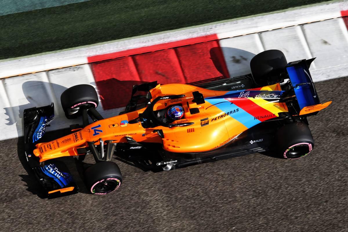 Fernando Alonso (ESP) McLaren MCL33.