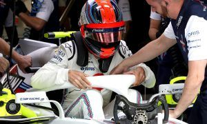 Kubica's father sees son's F1 return as a 'miracle'