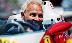 Villeneuve says F1 paddock still dismissive of Formula E