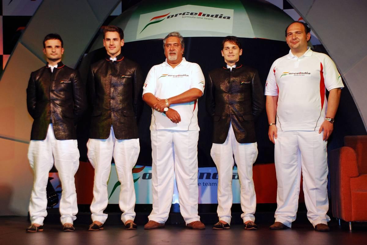 Vitantonio Liuzzi (ITA) Force India F1, Adrian Sutil (GER) Force India F1, Vijay Mallya (IND) CEO Kingfisher, Giancarlo Fisichella (ITA) Force India F1 and Dr Colin Kolles (GER) Force India Team Principal - Force India