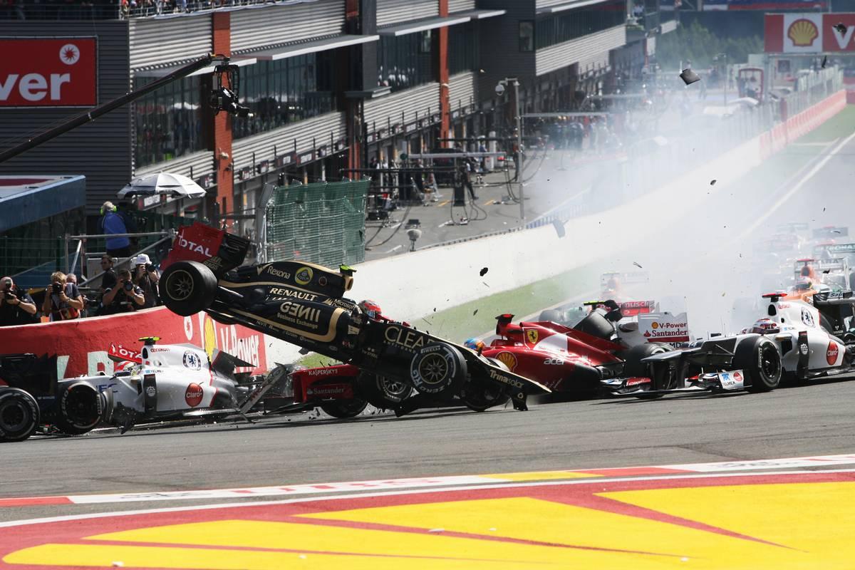 A crash at the start of the race involving Lewis Hamilton (GBR) McLaren MP4/27 and Romain Grosjean (FRA) Lotus F1 E20; Fernando Alonso (ESP) Ferrari F2012; Sergio Perez (MEX) Sauber C31 and Pastor Maldonado (VEN) Williams FW34.