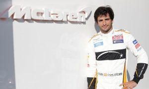 Sainz found a 'contagious will to go racing' at McLaren