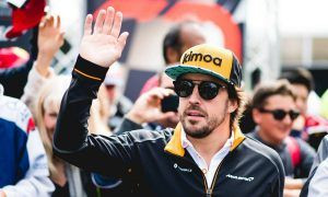 Alonso: Level of fan access at Daytona 'unthinkable' in F1