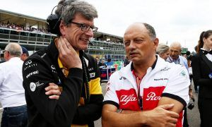 Sauber watching gap with top teams, not mid-field rivals