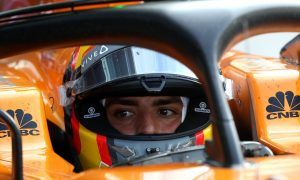 Sainz wants F1 fans to focus on the sport's 'positives'