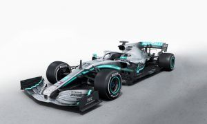 Mercedes AMG F1 launches new W10 Silver Arrow!