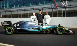 Launch Gallery: Mercedes-AMG F1 W10 in action
