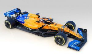 McLaren uncovers new papaya and vega blue MCL34!