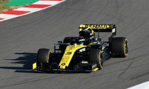 Renault is on schedule - shakes down R.S.19 in Barcelona