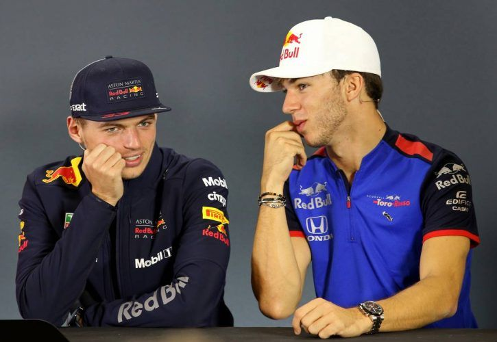 Max Verstappen (NLD) Red Bull Racing and Pierre Gasly (FRA) Scuderia Toro Rosso