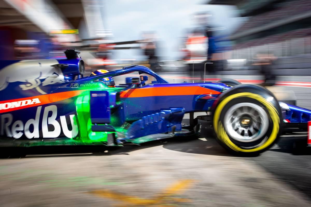 Alexander Albon (THA) Scuderia Toro Rosso STR14. 19.02.2019
